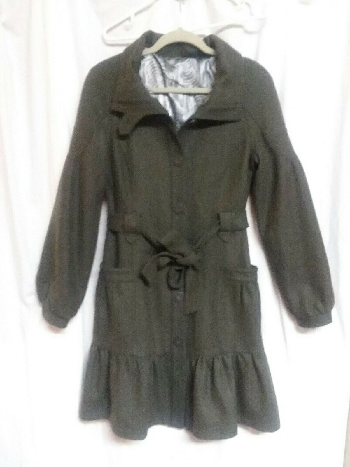 Tulle Army Green wool blend belted coat. EUC