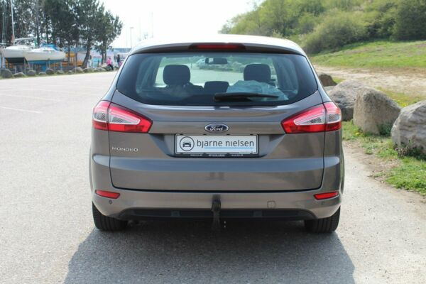 Ford Mondeo 2,0 Trend stc. - billede 3