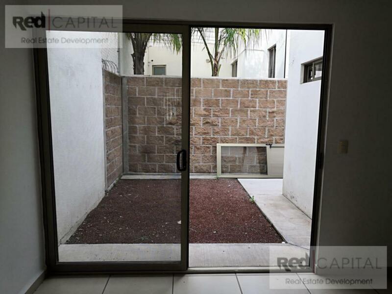 Casa - Fraccionamiento Portón Cañada