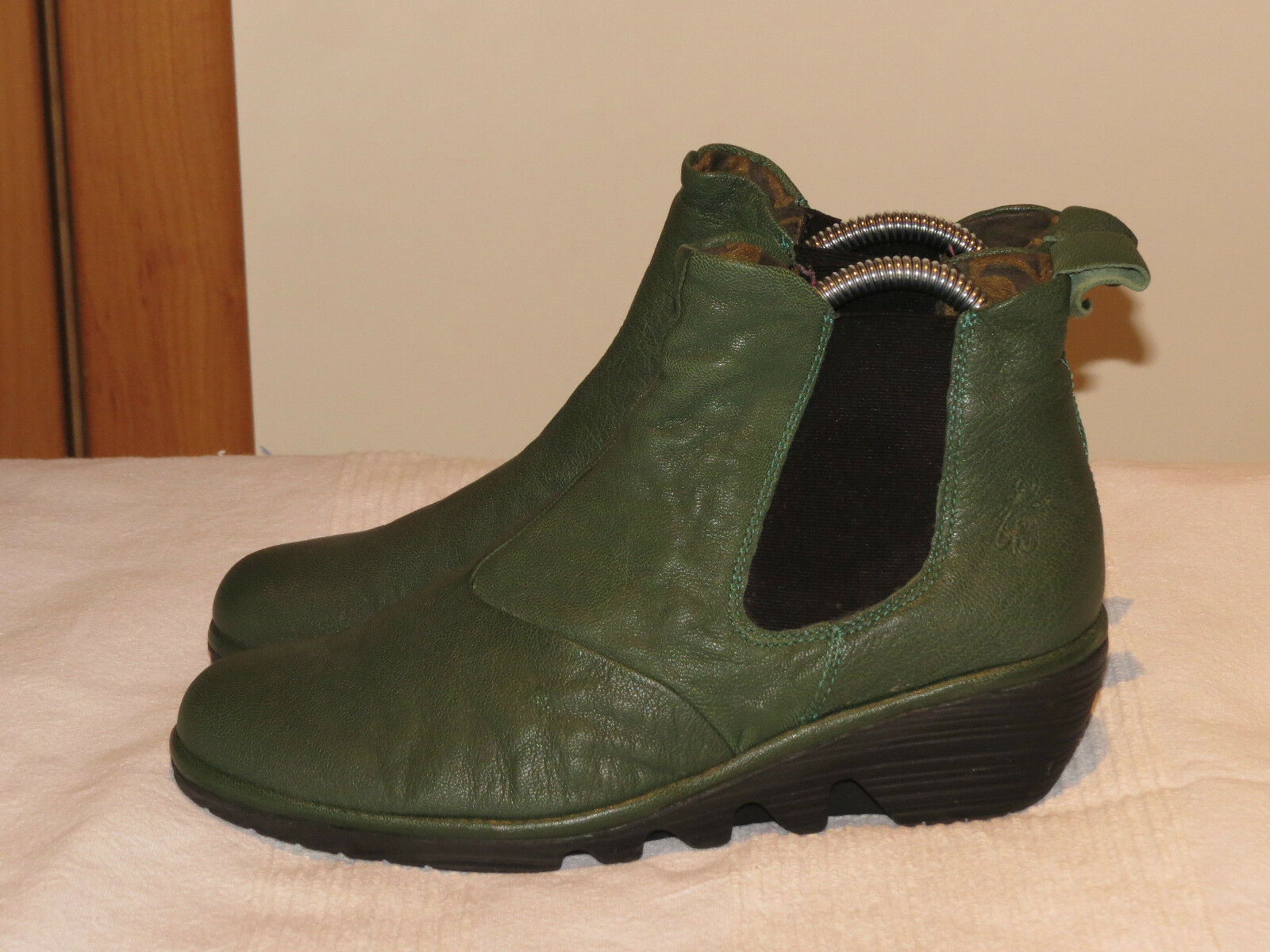 FLY LONDON 'PREP' GREEN LEATHER WEDGE CHELSEA EUR ANKLE BOOTS UK 4 EUR CHELSEA 37 69fd41