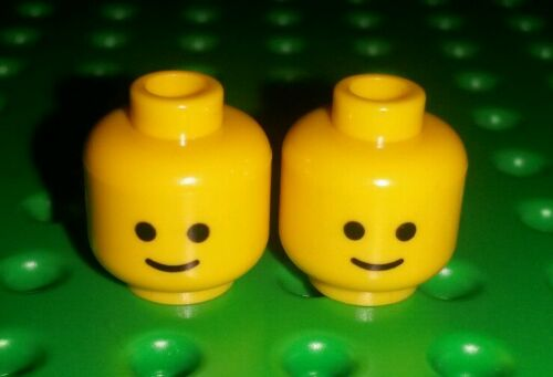 *NEW* Lego Classic Yellow Smile Faces Heads People Minifigures Figs - 2 pieces