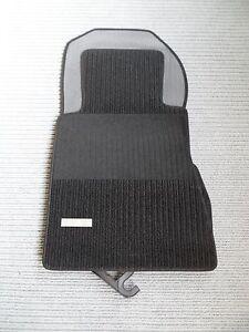 rips fu matten f r mercedes benz w201 190 schwarz. Black Bedroom Furniture Sets. Home Design Ideas