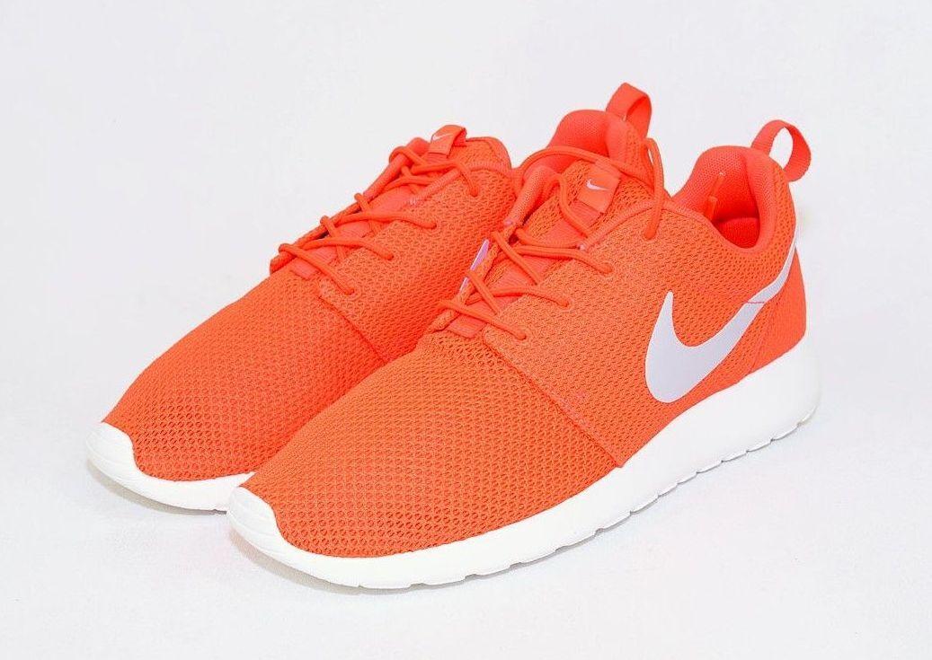 DS Nike Roshe Run Total Crimson sz 10 511881-800 Trainer Orange Running New One
