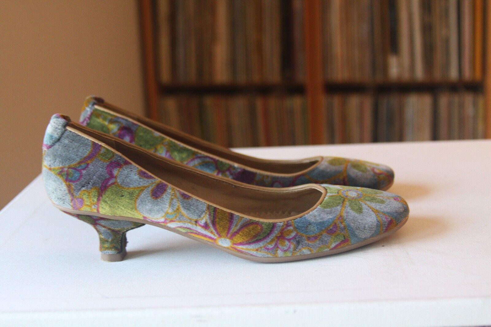 Schutz Multi Farbe Florals Velvet 1 3/4 Inch Heel Pumps 8 Größe 8 Pumps Made In Brazil 47294e