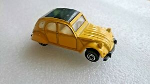 Maisto-SPECIAL-EDITION-11001-GIALLO-CITROEN-2cv-65mm