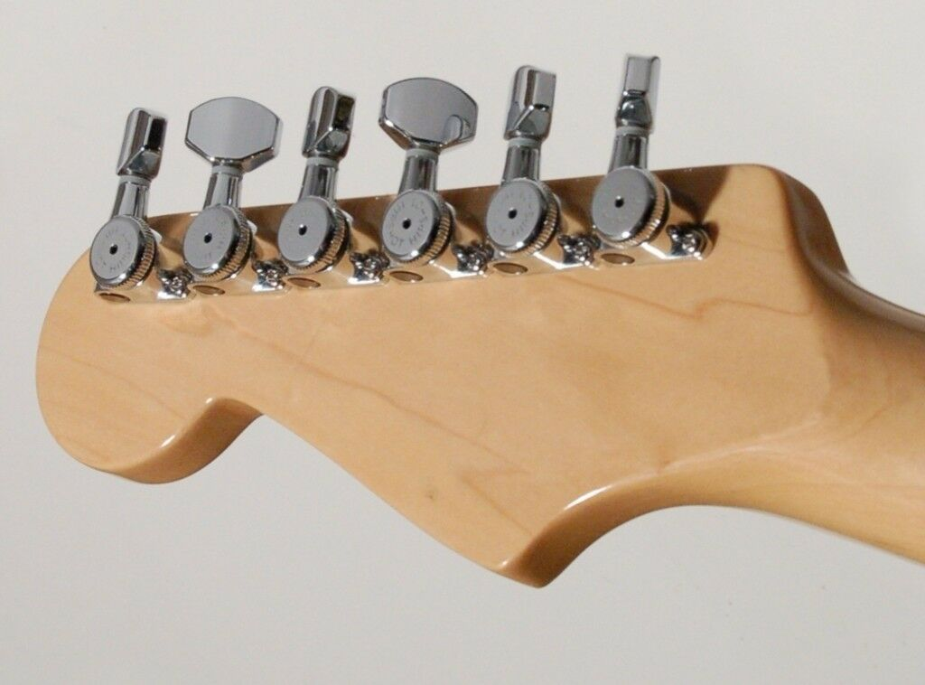 NEW Hipshot 6 in Line STAGGERED Classic SMALL Buttons UMP Plates CHROME