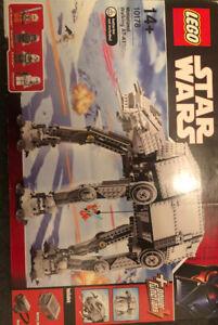 Lego Star Wars motorisé Walking AT-AT (10178)