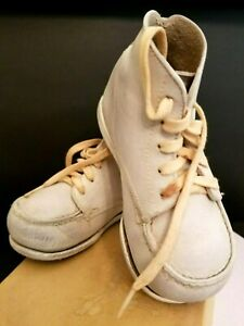 8e6c368f7d25a Details about Vintage 1950s Baby's First Shoes w White Leather High Tops +  Original Box