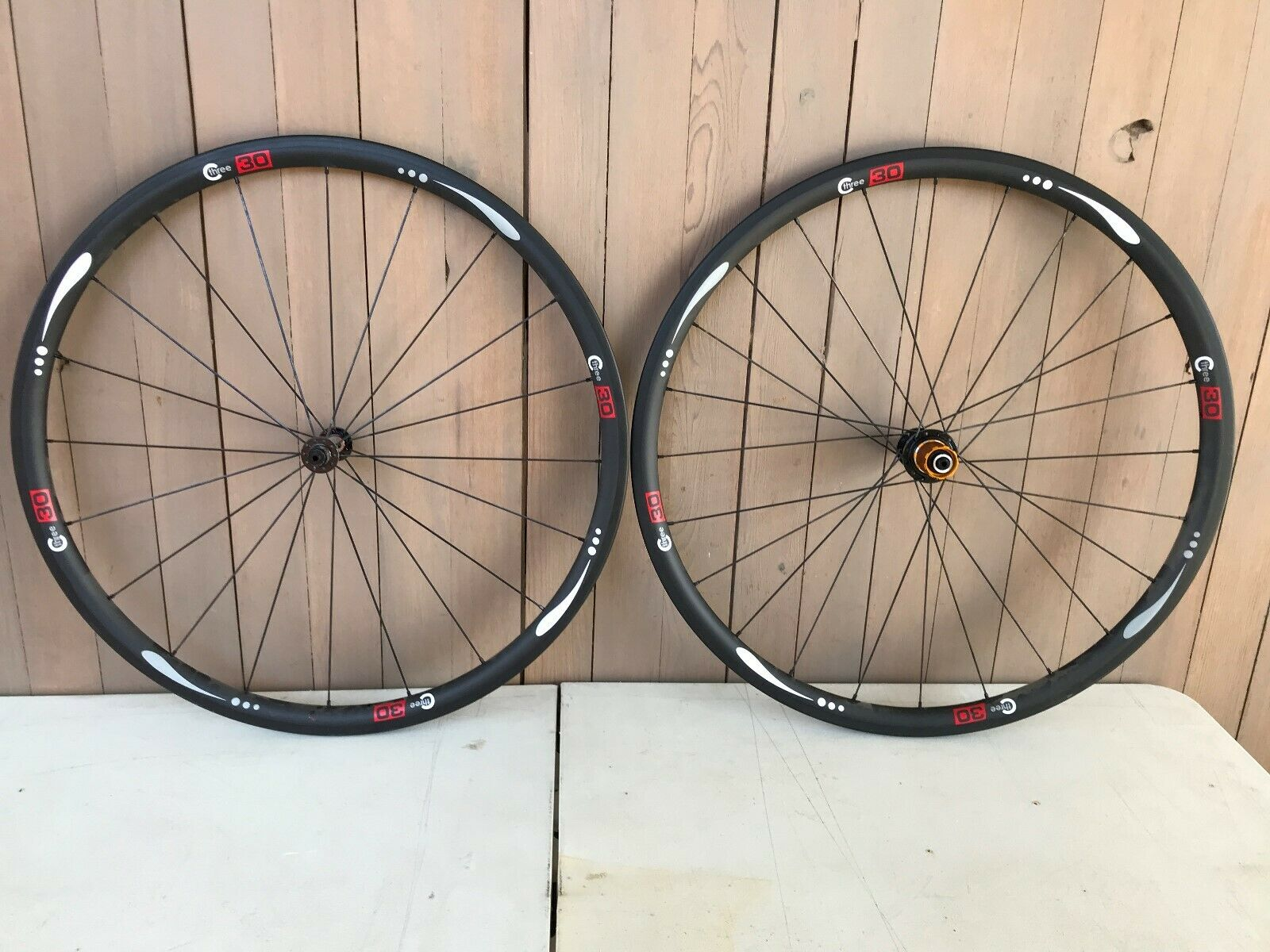 BRAND NEW 30mm x 27mm Carbon Clincher Wheelset, 10 11spd Shimano SRAM, 1424gms
