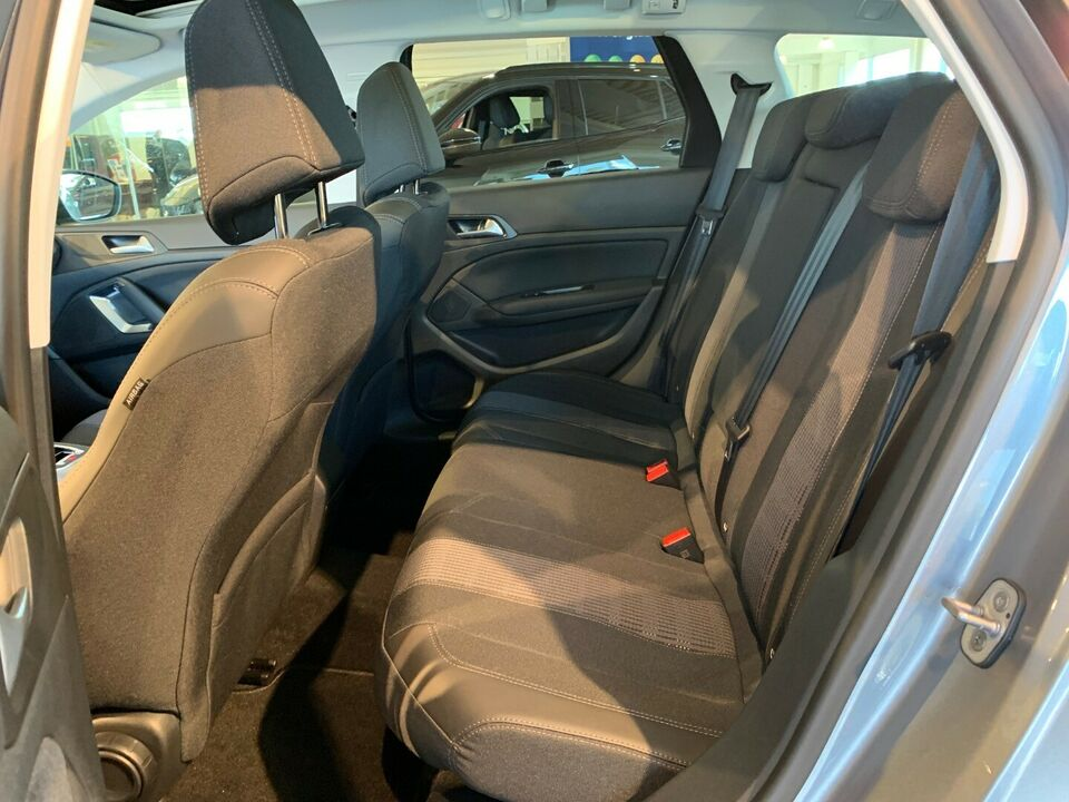 Peugeot 308 1,6 BlueHDi 120 Selection Sky SW Diesel modelår