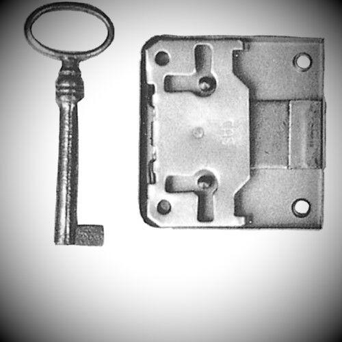 Hinterschloß Eisen Bronzefarben Dornmaß 25 mm Schloss mit Schlüssel antik Retro