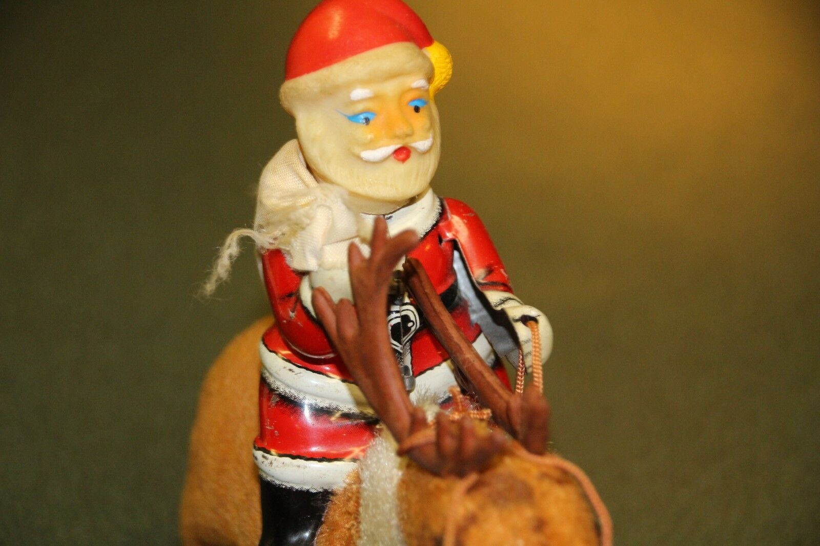 VINTAGE MADE IN JAPAN SANTA RIDING REINDEER WINDUP TOY-1970