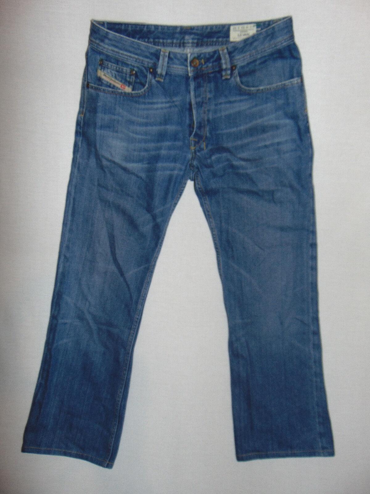 Diesel LEVAN 0070V Straight Leg - Mens bluee Denim Jeans - W32 L29