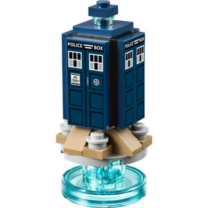 LEGO-Doctor-Who-Original-The-Tardis-w-Stand-New-pieces-removed-from-set