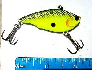 1pc BLACK back CHARTREUSE 1//3oz Lipless CRANKBAIT Bass Fishing Baits Rattle Lure