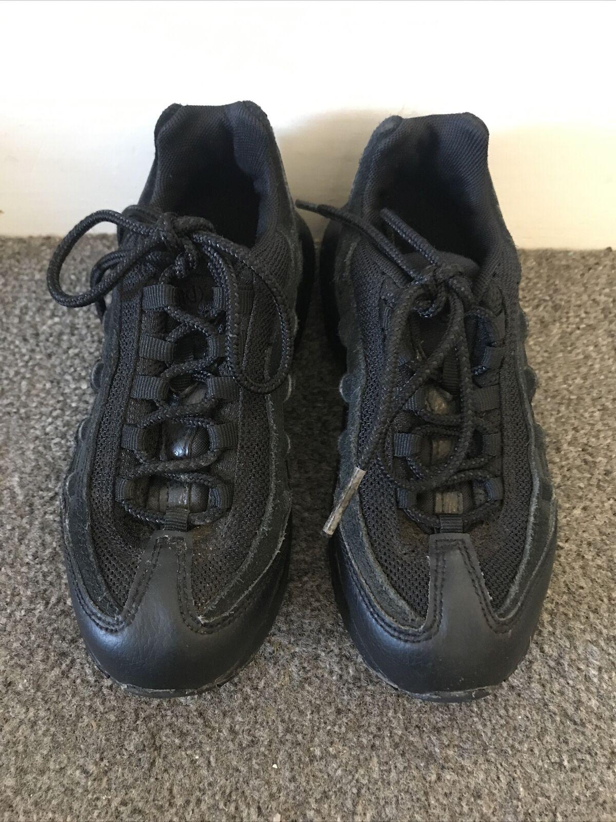 Nike Air Max 95 Kids Black Trainers UK