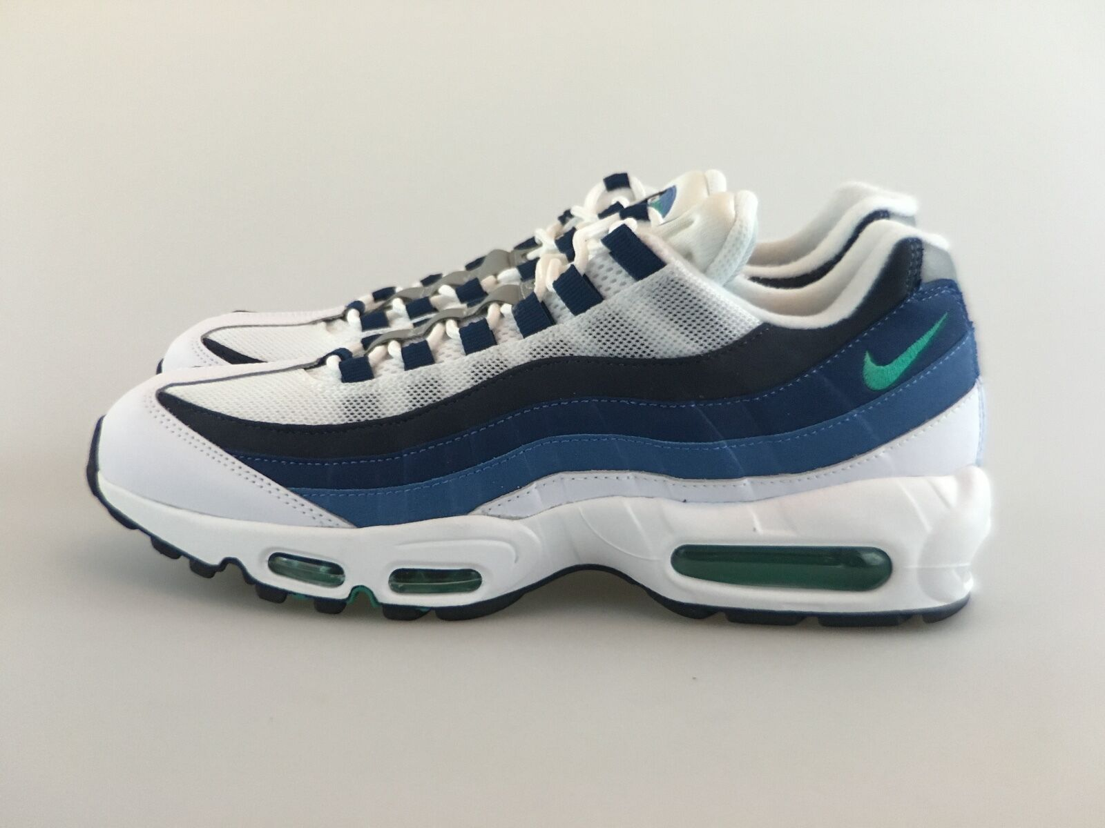 newest collection ef5f3 4dc4c good Mens Nike Air Max 95 OG White Emerald Green CRT Blue Slate 554970-131