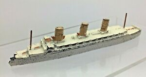 VINTAGE Dinky Toys IMPERATRICE D'INGHILTERRA shippng Liner Diecast