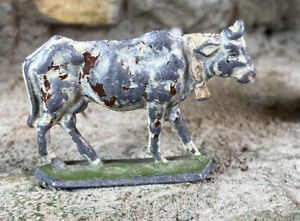 Antique-Lead-Cow-Figurine-1-5-Hand-Painted-Highly-Detailed-Figure-Early-1900s