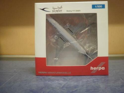 Herpa Wings 1:500 Boeing 777-300ER Kuwait Airways 530750