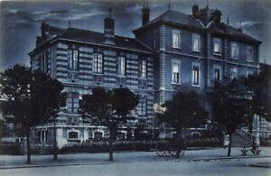 BOURG-en-BRESSE-La-nuit-Ecole-Carnot