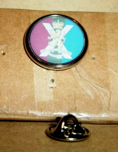 Royal Regiment of Scotland Veteran lapel pin badge .