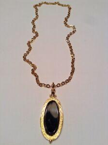 Vintage-Rare-Signed-MONET-Long-Necklace-22k-Gold-Plated-Pendant-Black-Acrylic