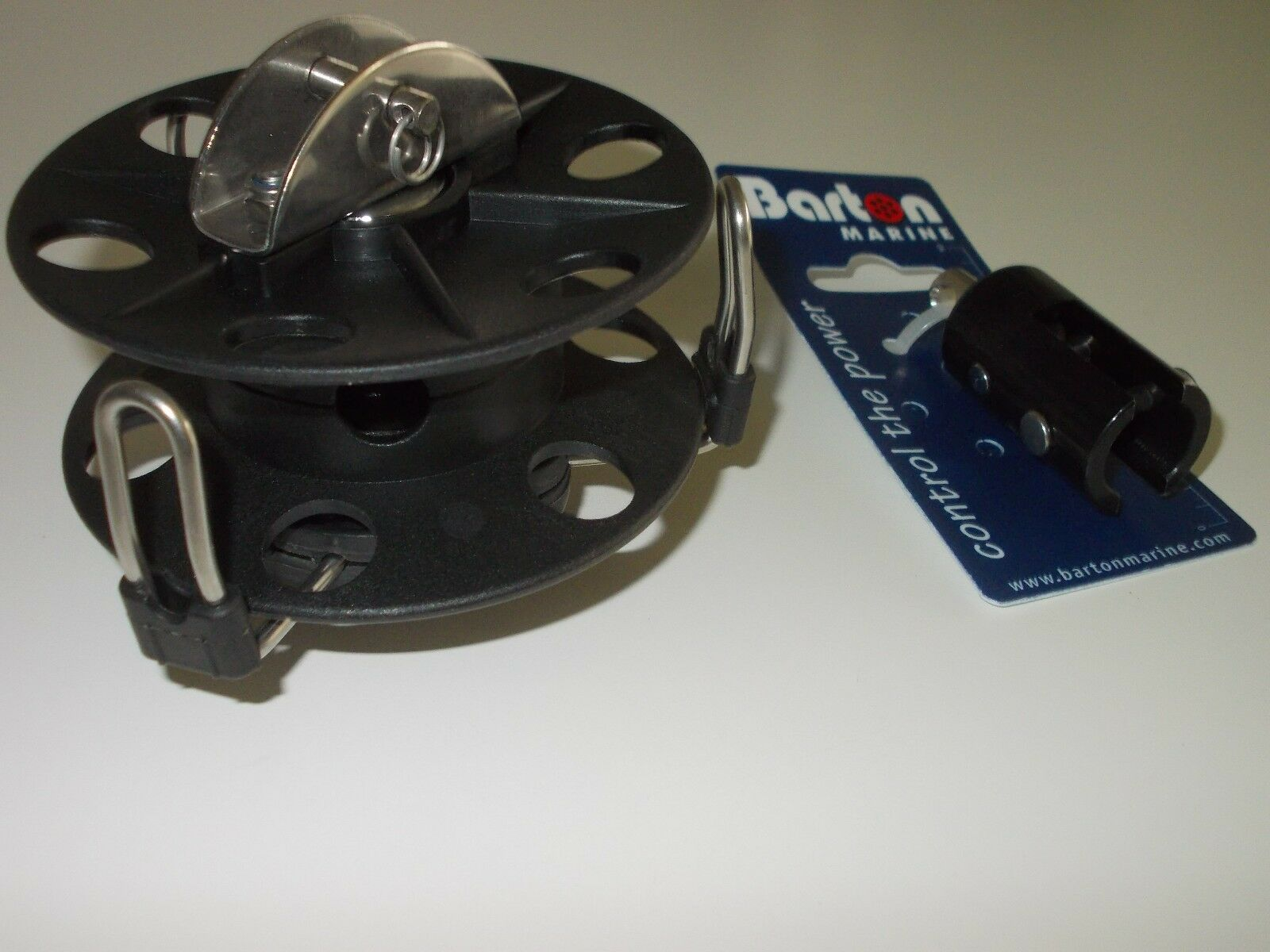 Barton roller reefing drum and upper swivel suits up to 100sq ft sail - NEW
