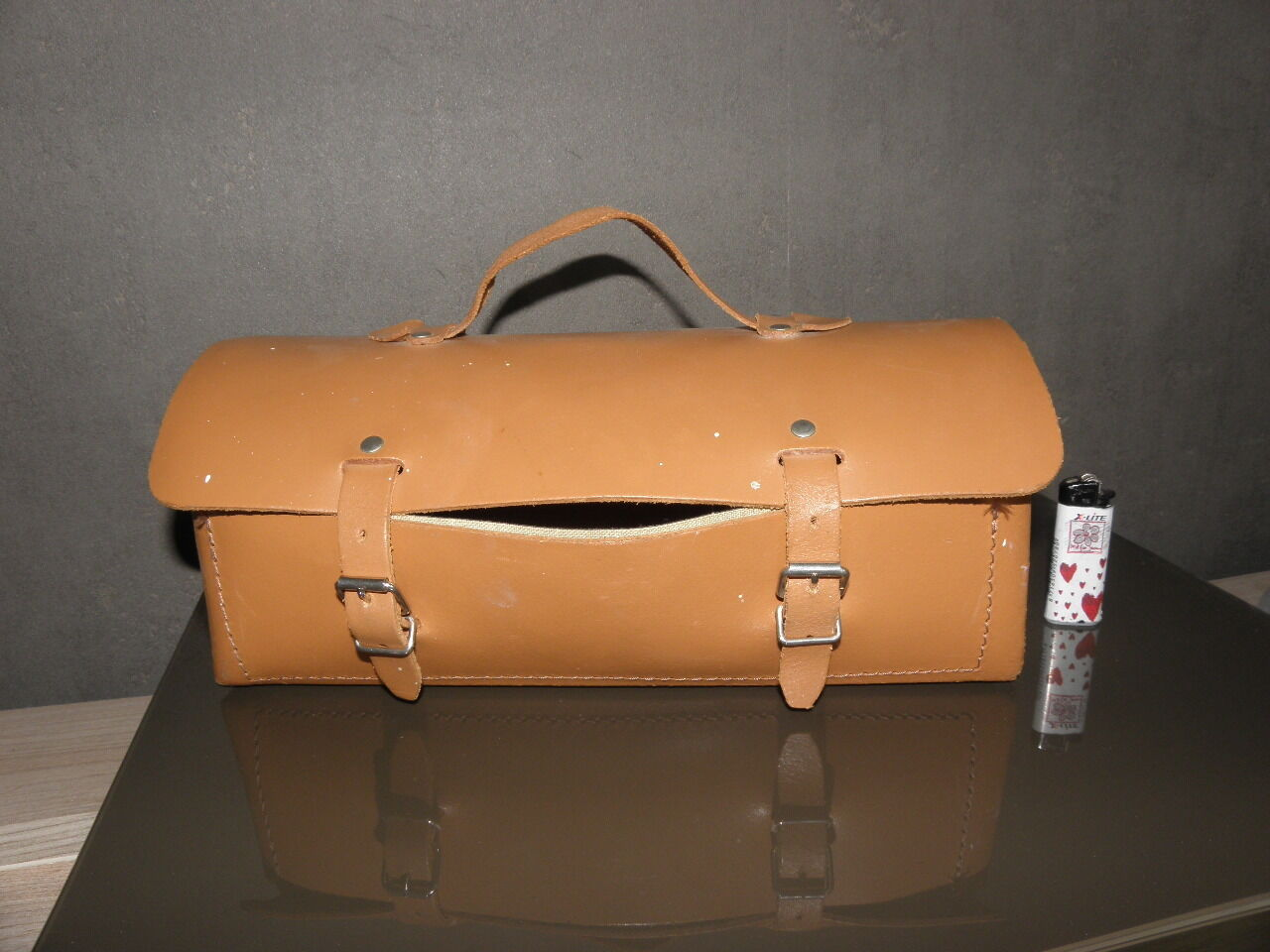 Vintage Brown Leather Tool Bag auto car Electricien plumber garage transports