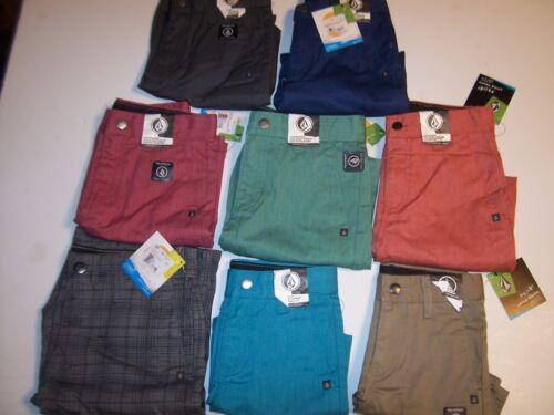 Volcom Big Youth boys Frickin chino VMONTY blue khaki chino shorts size 4 or 5