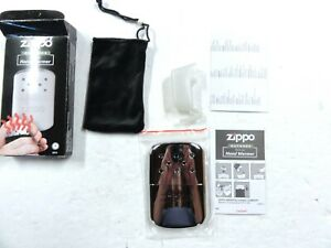 VINTAGE ZIPPO OUTDOOR REFILLABLE 12 HOUR DELUXE HAND WARMER NEW IN BOX