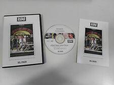 QUE HACE UNA CHICA COMO TU EN UN SITIO COMO ESTE DVD SALAMNDRA FERNANDO COLOMO