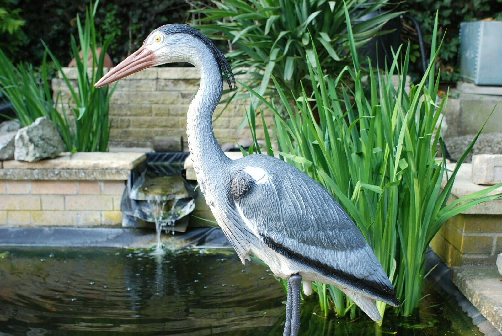 Life Size Realistic Garden Heron Decoy Protection of All Garden Ponds and Fish