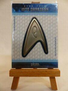 Details About Star Trek Into Darkness Relic Uniform Badge Card B16 Zoe Saldana As Uhura