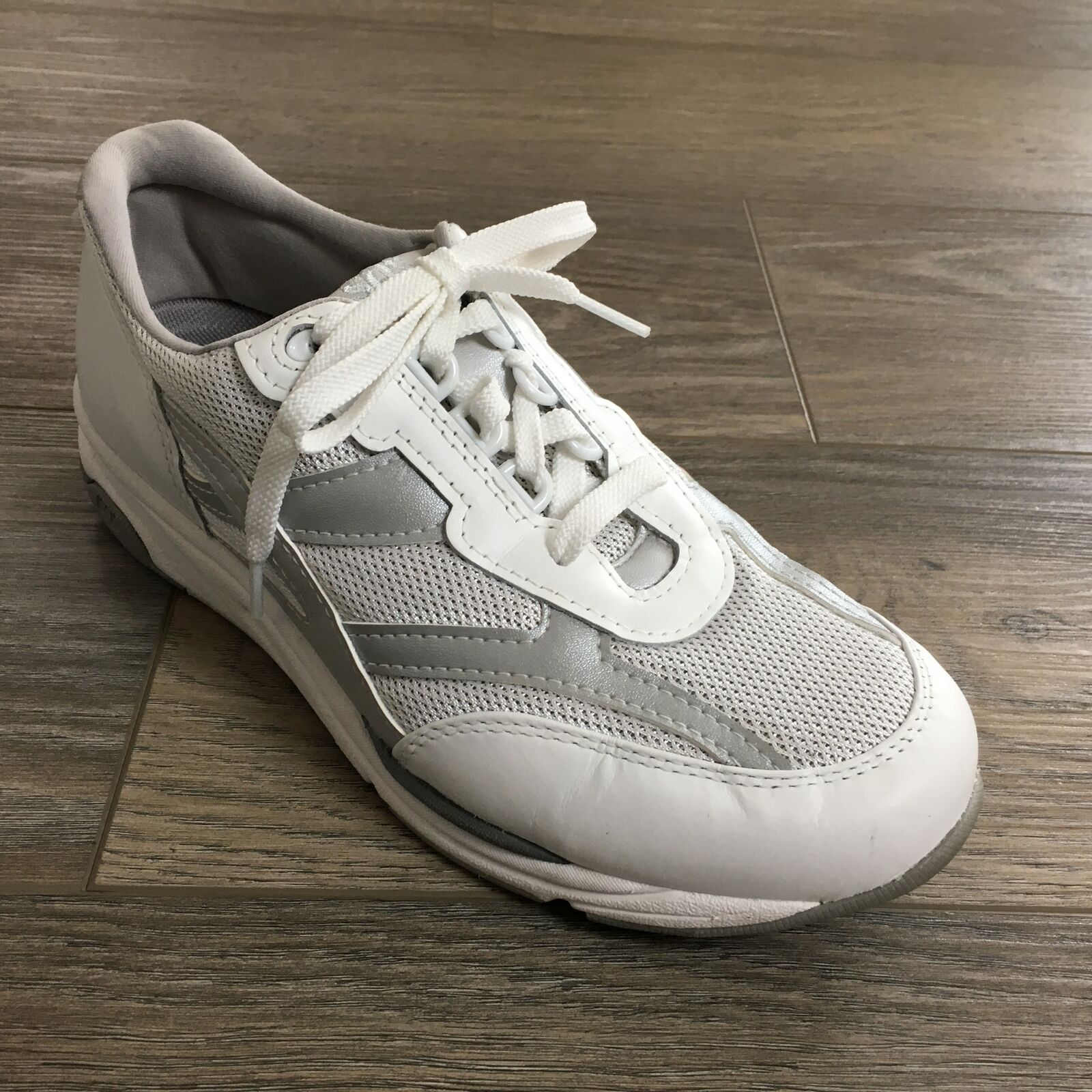 Women's SAS Tour Mesh Walking Shoes Sneakers Size 8.5 W Wide White Silver