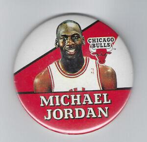 1988-Michael-Jordan-button-3-034-pin-Chicago-Bulls-original-vintage-w-hair