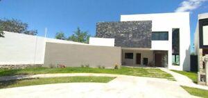 Exlusiva casa en Venta al norte de Mérida, privada Parque Natura