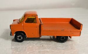 Matchbox-Lesney-Superfast-No-66-Ford-Transit-Made-In-England