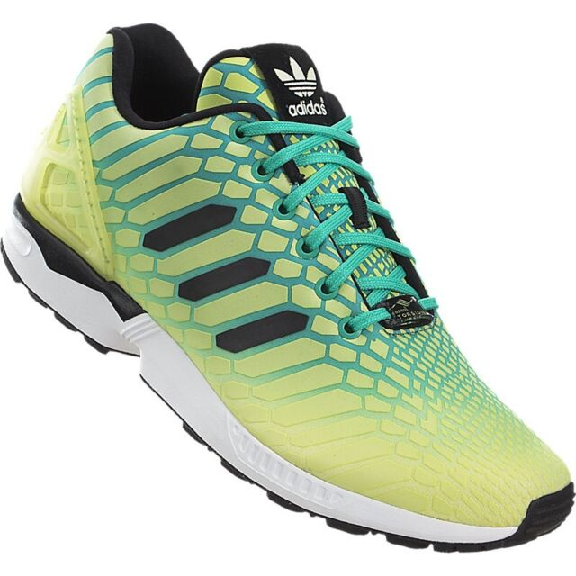 1e68e825eadd7 NEW ADIDAS MEN S ORIGINALS ZX FLUX RUNNING TRAINING SHOES SNEAKERS SZ  10.5