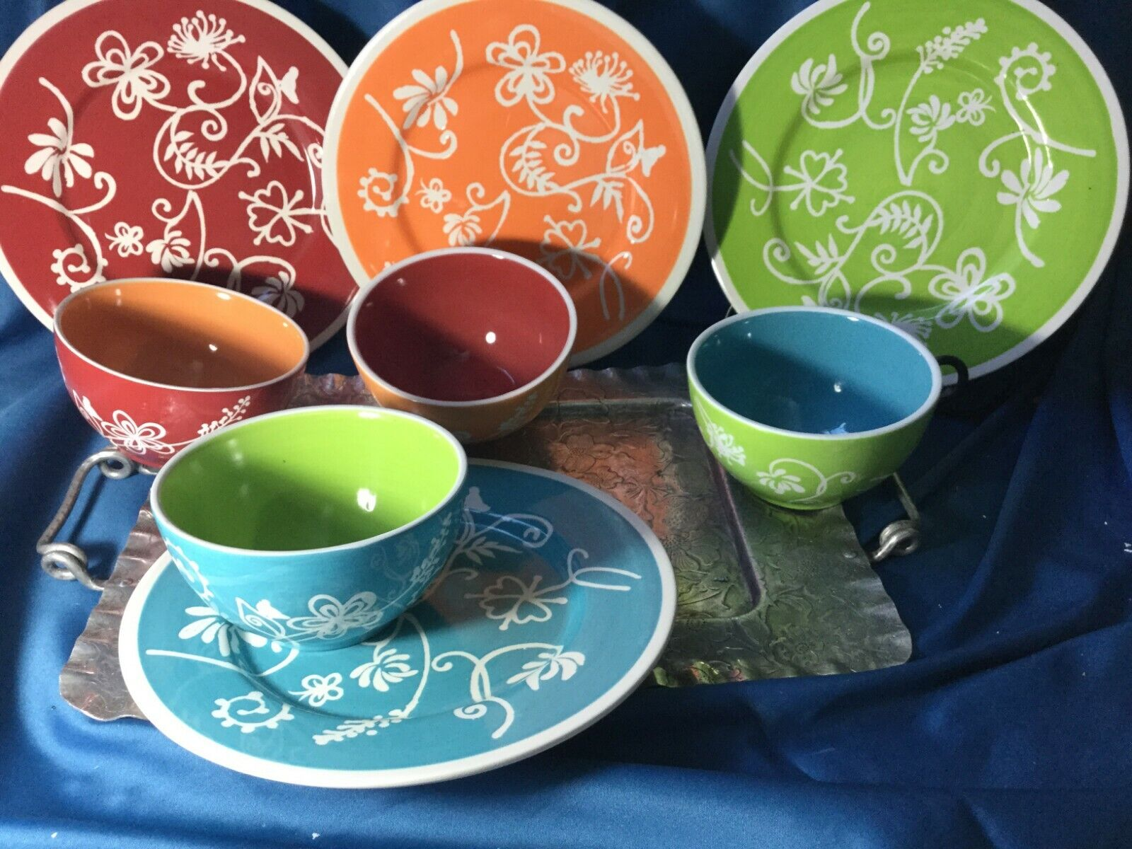 RARE LTD Commodities Grès Couleurs Assorties 16 Pièces Vaisselle Assiette Floral