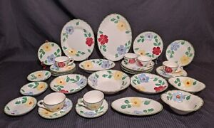 Blue-Ridge-Southern-Potteries-Flower-Ring-Blue-Red-Yellow-Flowers-1940-039-s-37Piece