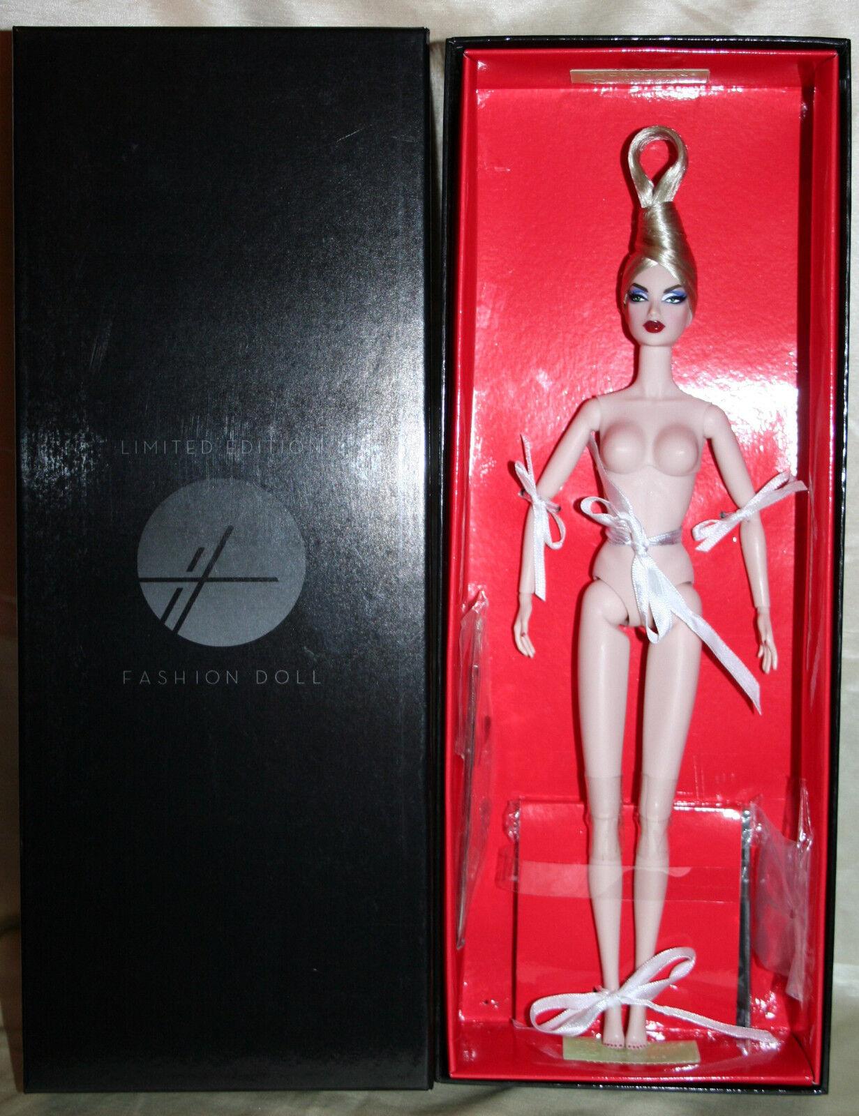 Malicious - Snow Weiß - Nude MIB - Fashion Royalty Nu Fantasy 2011