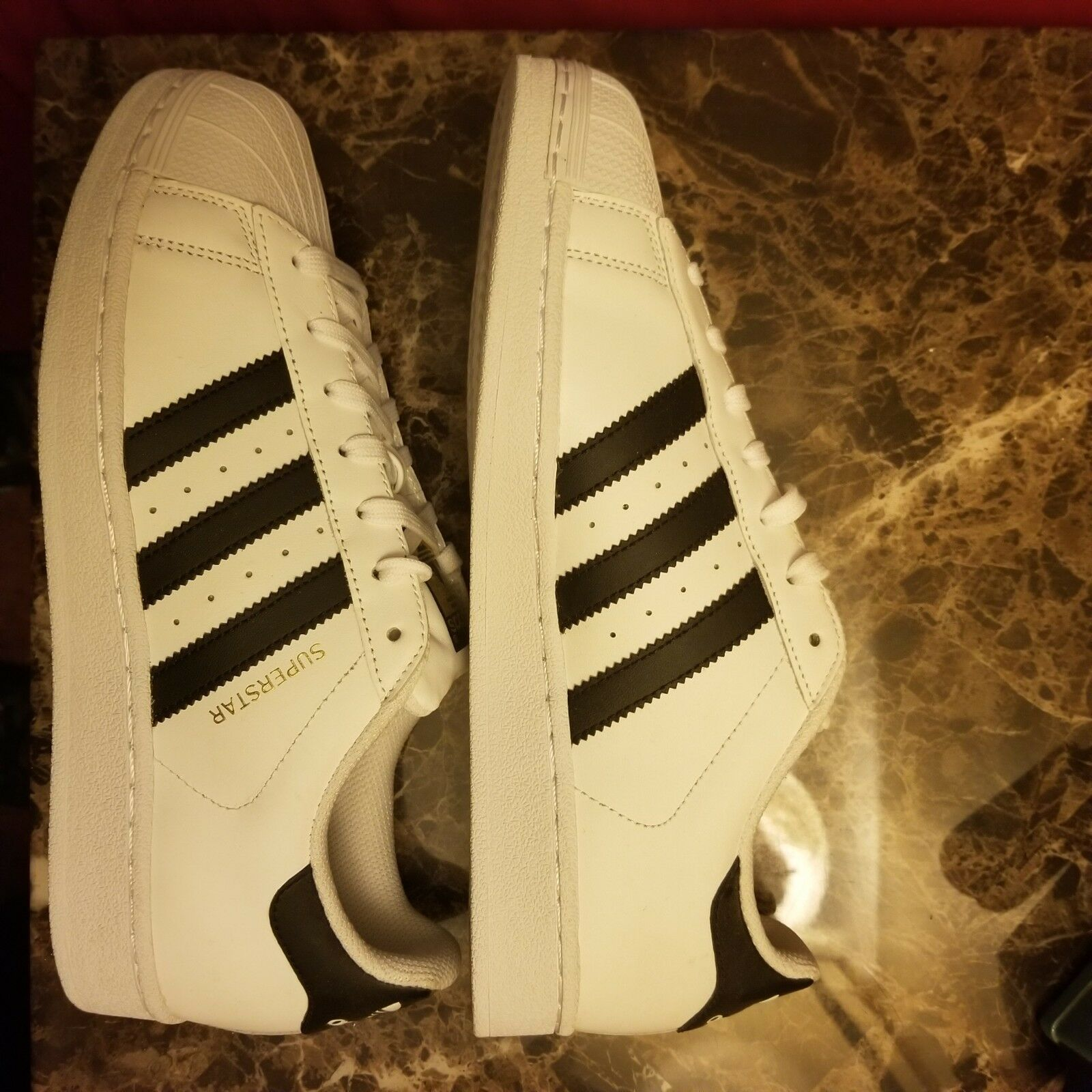 New Adidas Men's Superstar shoes White Onix gold Shell Toe Size 8