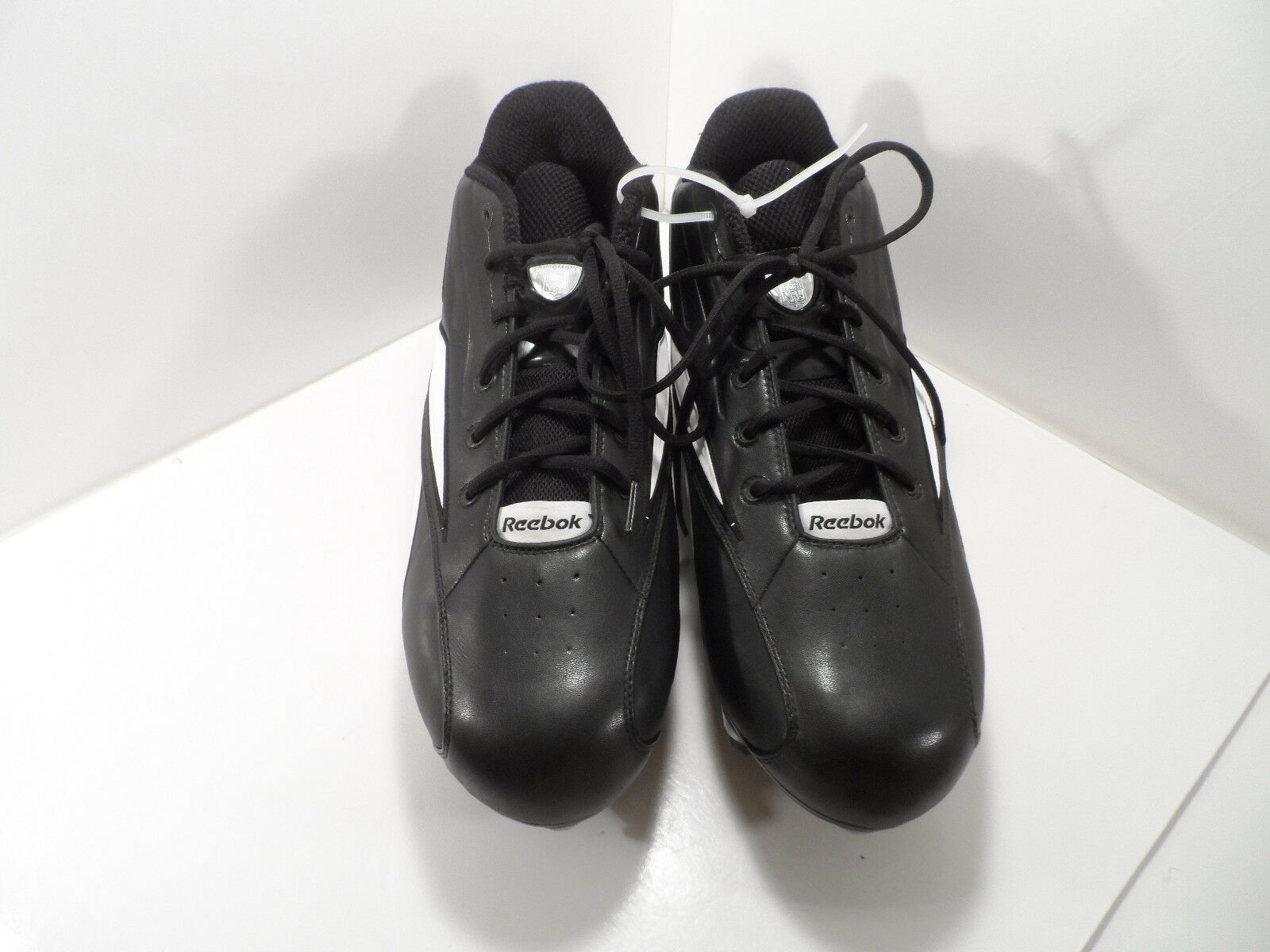 Reebok Men's Size Black /White Equipment NFL Tennis Shoes - Size Men's 18 - VGC bf2a10