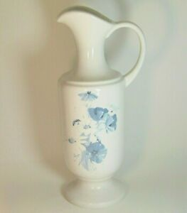 Royal-Haeger-Pitcher-Vase-White-Blue-Pottery-12-034-Stamped-Vintage-Decor