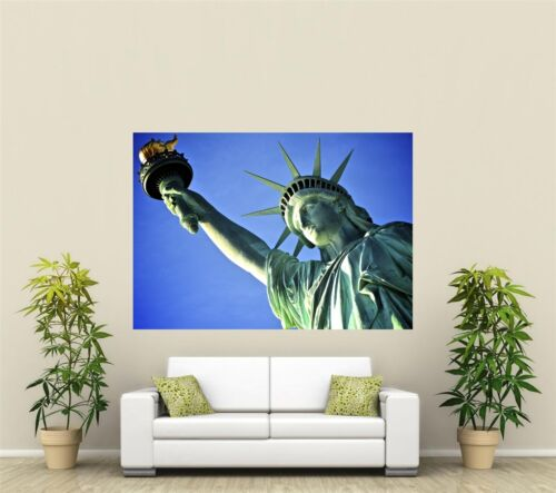 Statue Of Liberty Giant 1 Piece  Wall Art Poster O135