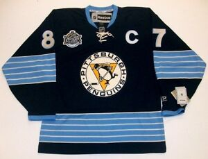 Image is loading SIDNEY-CROSBY-2011-WINTER-CLASSIC-PITTSBURGH-PENGUINS -REEBOK- 08d512eb8