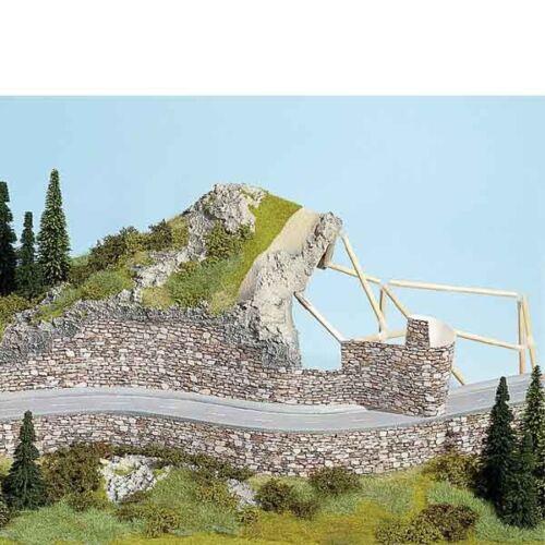 aus geprägtem Karton Mauerpappe Basalt 64 x 15 cm Noch 57720 46,35€//m²