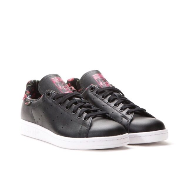 89b8a9490ab Women s adidas Originals Stan Smith Black Leather Shoes SNEAKERS Trainers  US 8 5