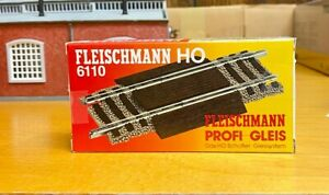 Fleischmann ho 6110 road crossing adjustable 80 to 120mm  5 pieces